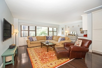 Renovated 3 Bedroom 2 Bath Apartment In Greenwich Village 3 Br For
